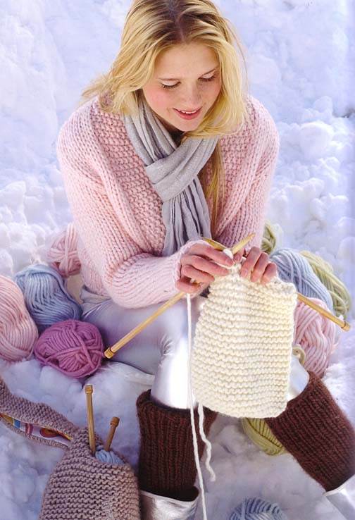 Big Softie Sirdar Knitting Pattern Book #361 12 quick /& easy knits for beginners